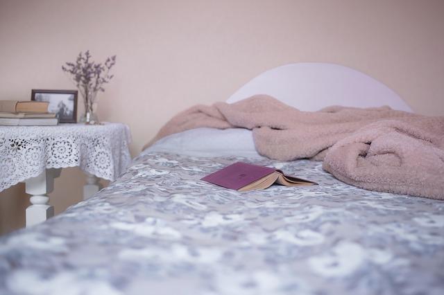 un lit pour évoquer la pris en charge du sommeil du psychologue dans la métropole de lille à villeneuve d'ascq